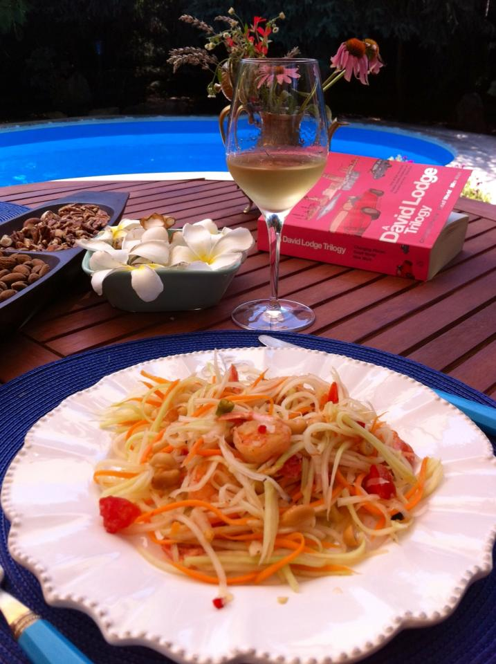 Spicy Green Papaya Salad with shrimp