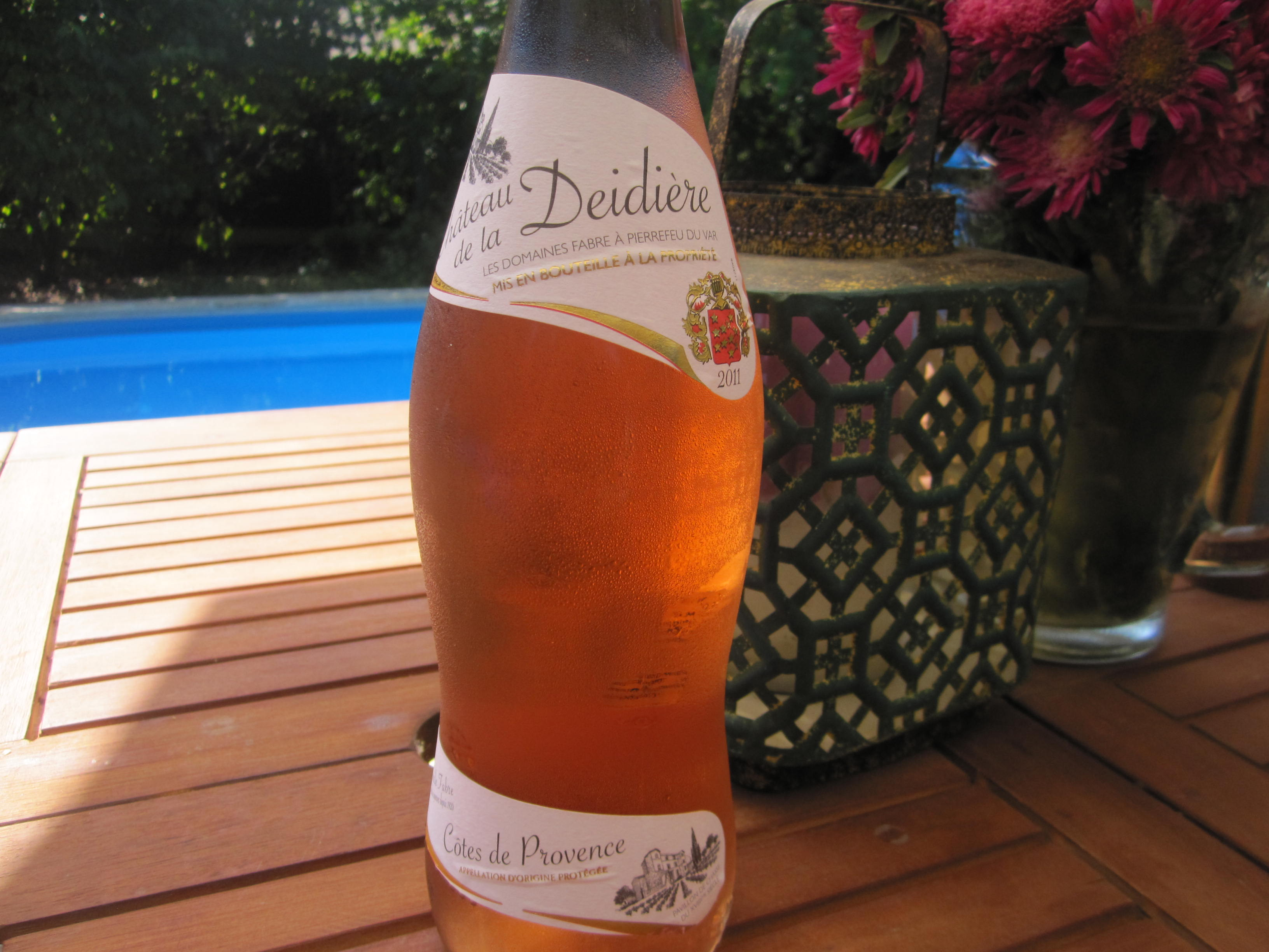 A rosé for a hot day! Recalling summertime..