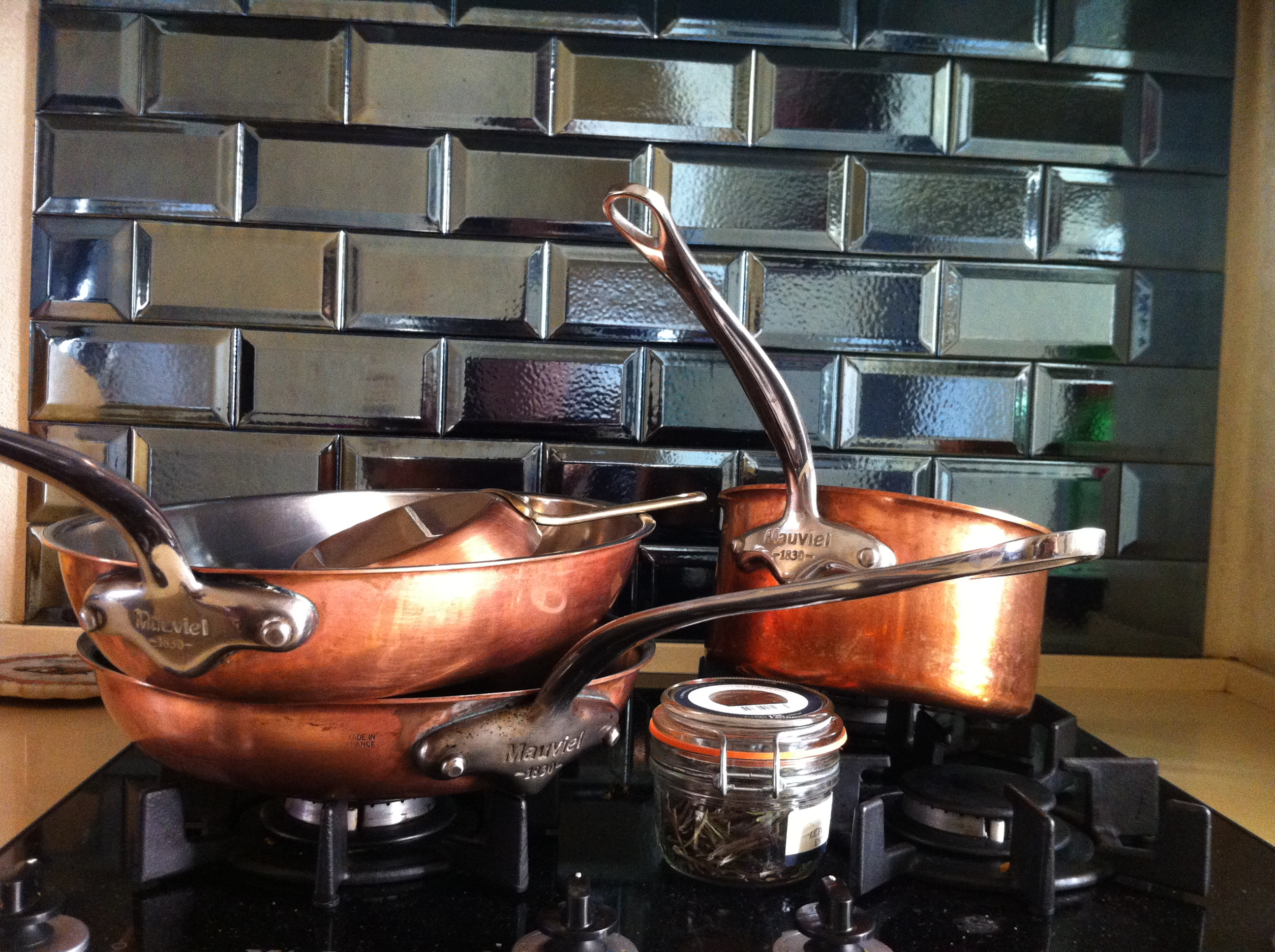 What's in my kitchen: pots & pans!