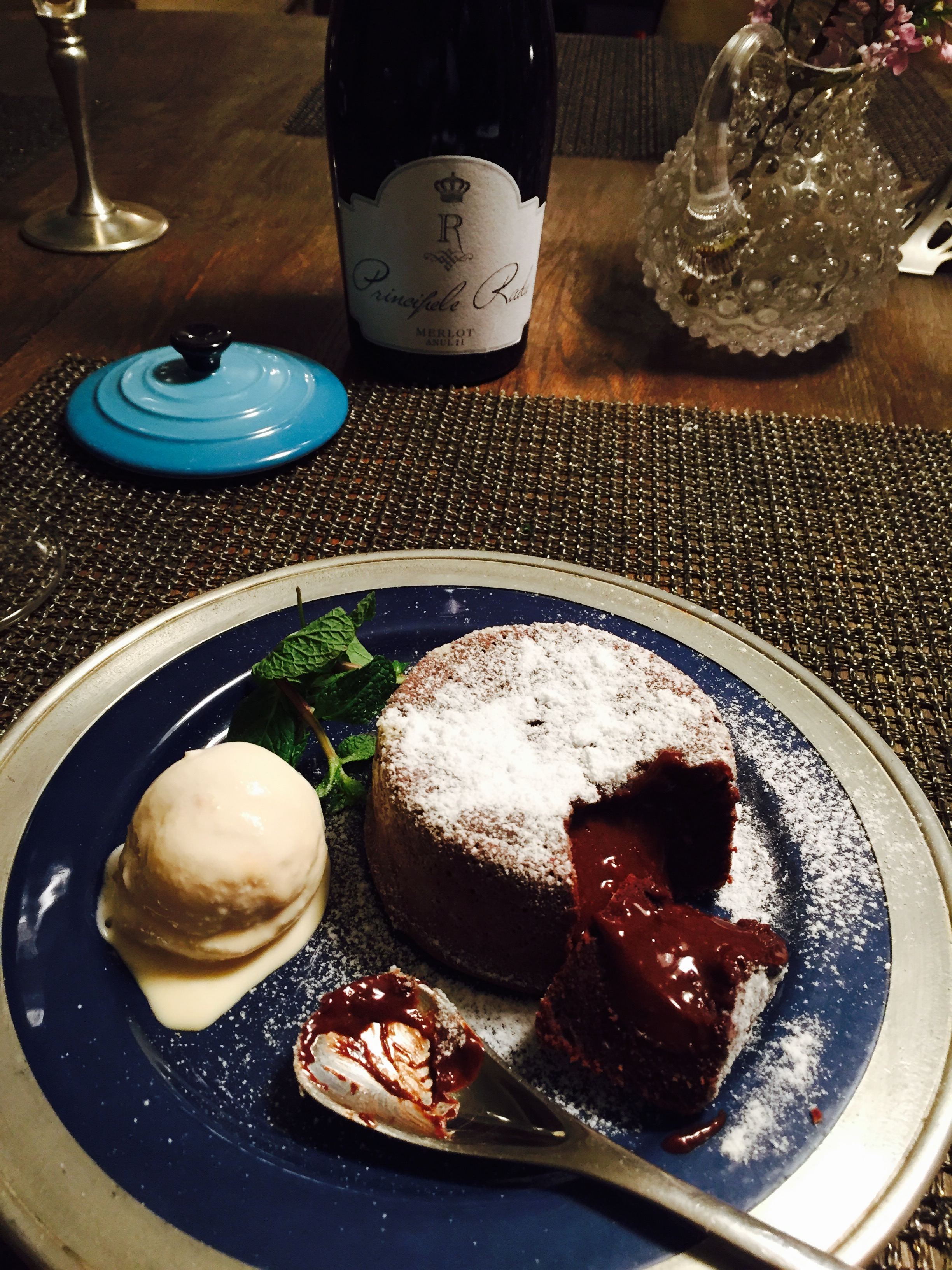 A romantic dessert – the lava cake
