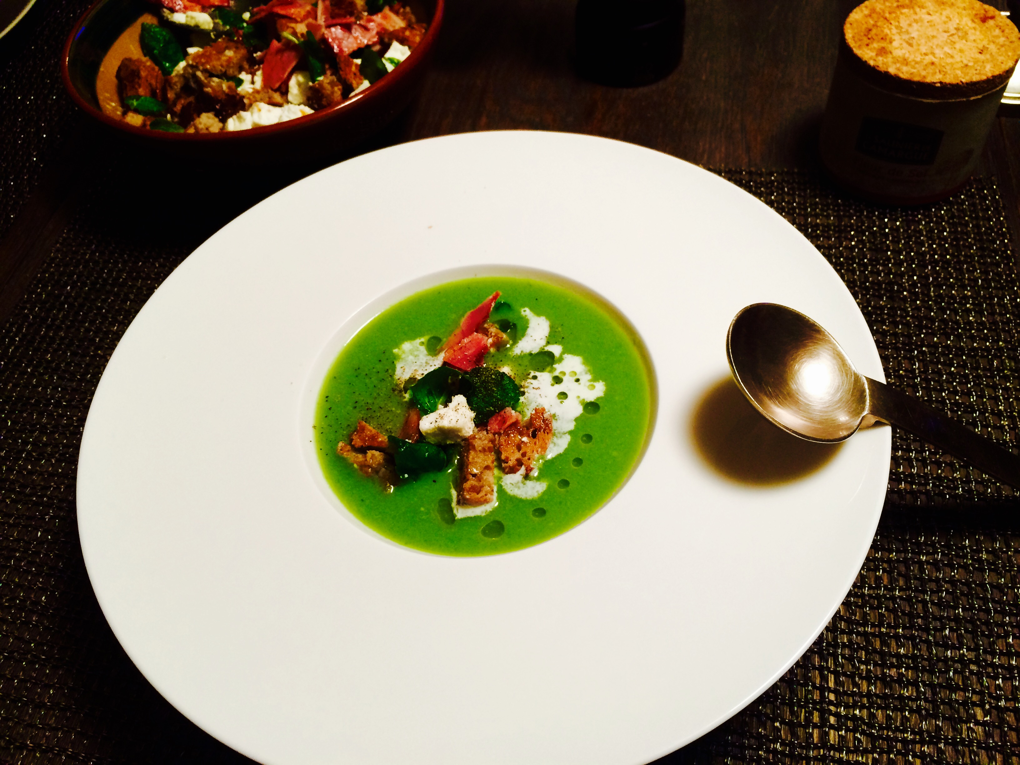 Pea soup with feta and mint