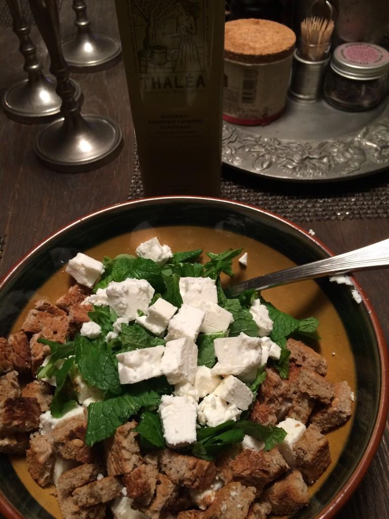 feta, croutons, mint bowl